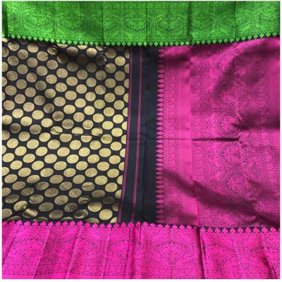 Saigje Black Silk Ganga-Jamuna bordered Kanchipuram Handloom Saree