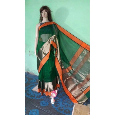 Sheikh fabric Green Cotton Silk Maheshwari Handloom Saree