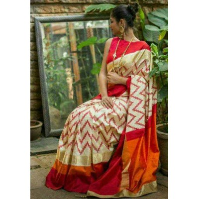 Ikkath Weaves Off White Silk Kaddi Bordered Ikkat Handloom Saree