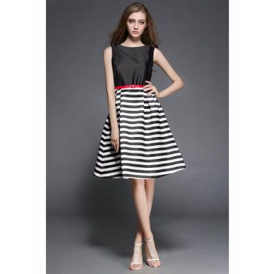 Ugrowth Collection Black Taffeta Printed Flared Dress
