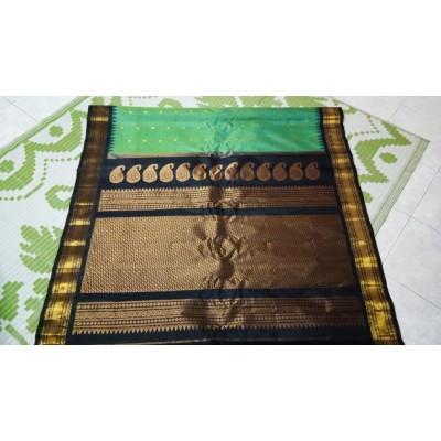 Hanumanthu Sea Green Silk Gadwal Handloom Saree